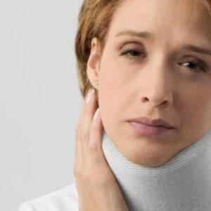woman in neck brace3