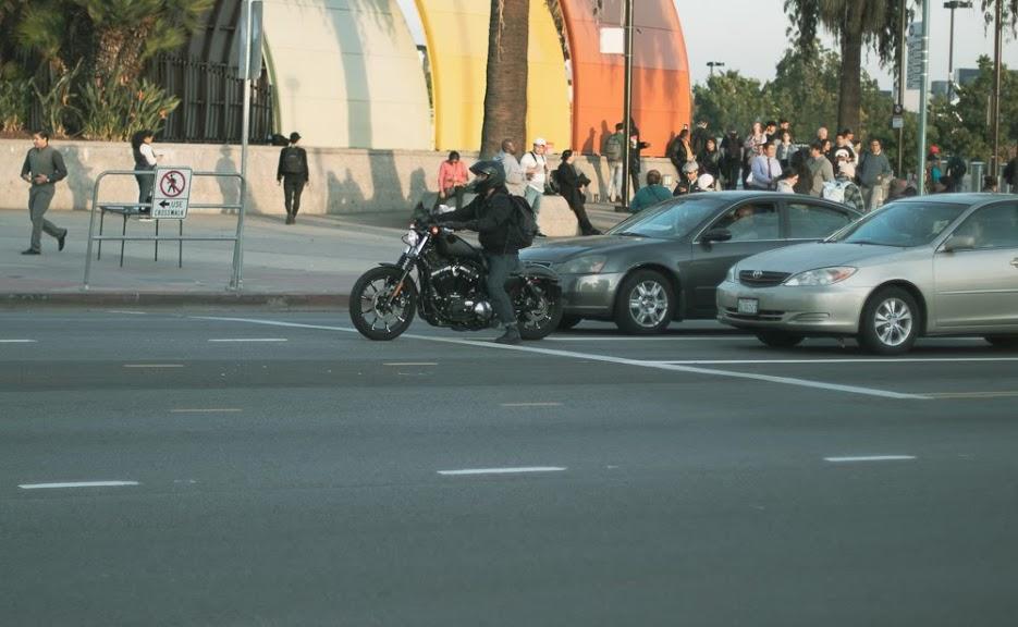Arlington, TX – Crash on E Division St Claims Motorcyclist's Life