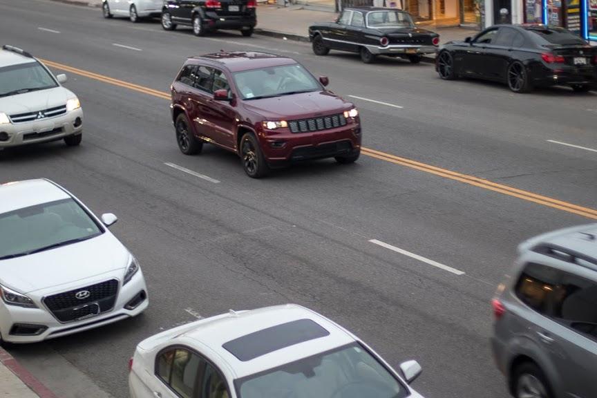 San Antonio, TX – One Killed in Car Crash on WW White Rd